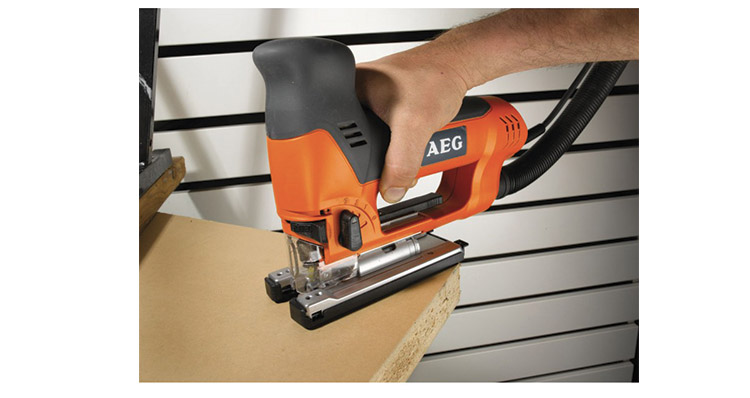 Scie Sauteuse AEG ST 800 XE Orange avis